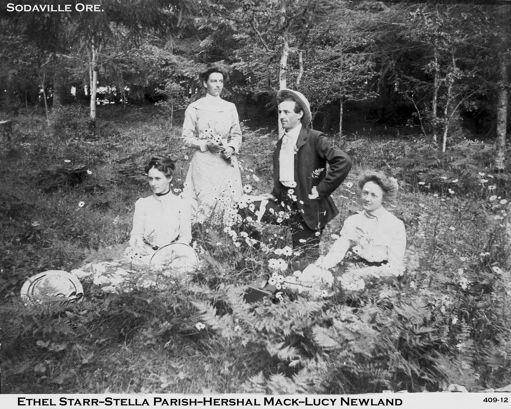 image-836132-People_of_Sodaville_Old_Pic-6512b.w640.jpg